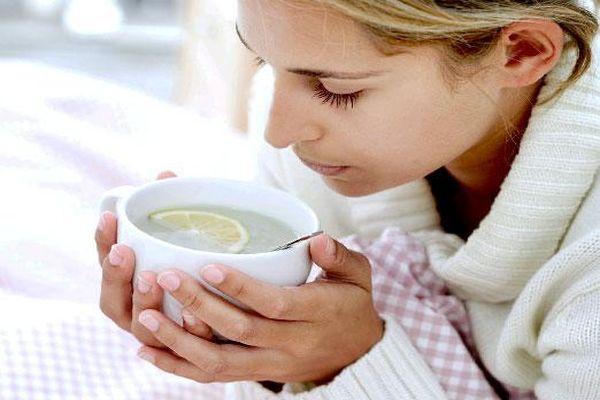 Почему нельзя пить горячий чай когда болит горло