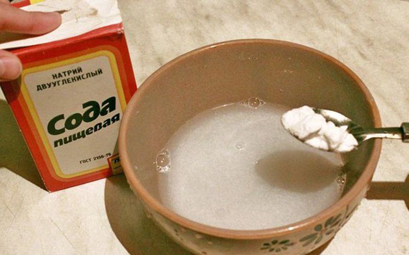 Молоко с маслом от боли в горле: как приготовить, кому можно пить