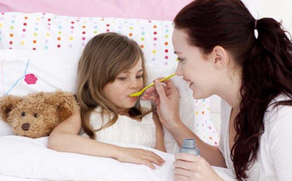 прием антибиотиков от горла