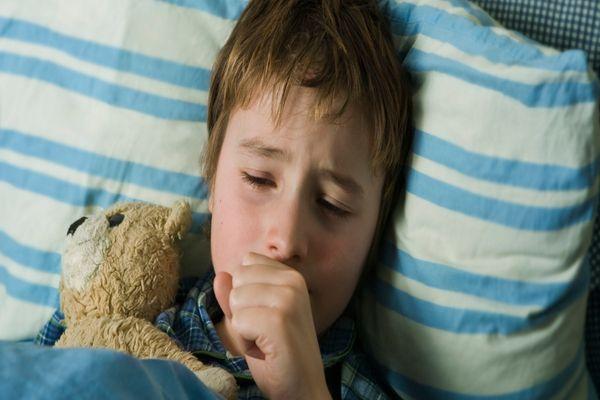 трудно дышать из-за кашля