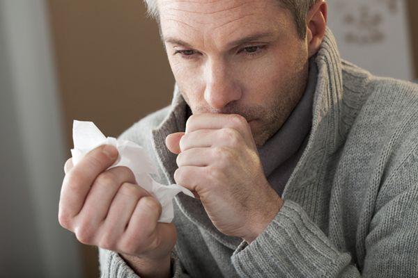 першение в горле и кашель