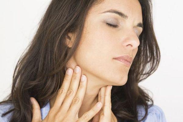 боль в горле и осиплость голоса