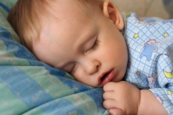симптомы аденоидов у ребенка
