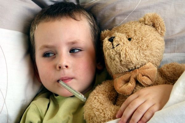 мальчик заболел ангиной