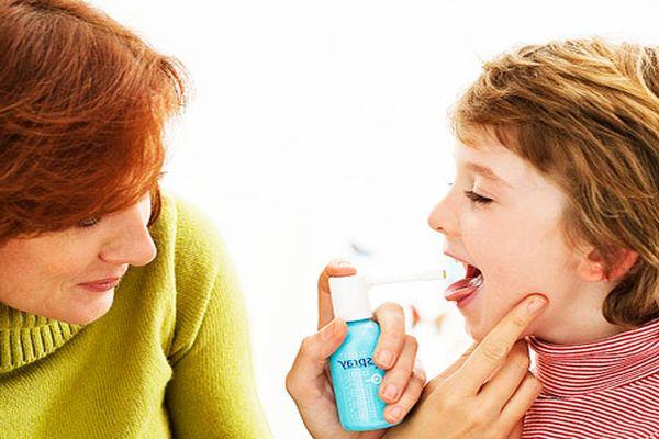 Спреи для детей от горла