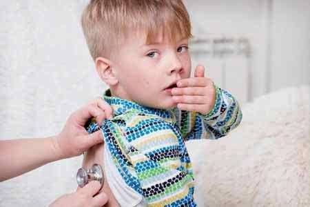 у мальчика кашель