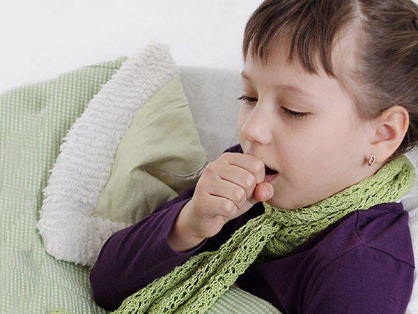 у девочки сухой кашель