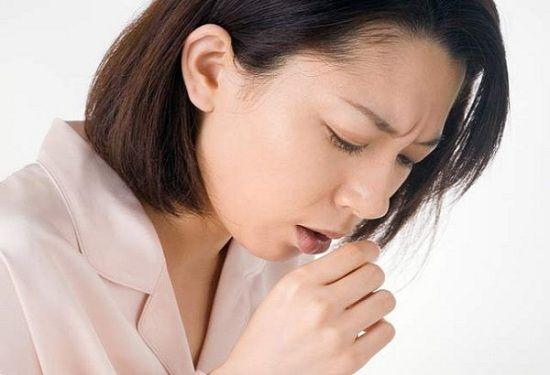у девушки кашель